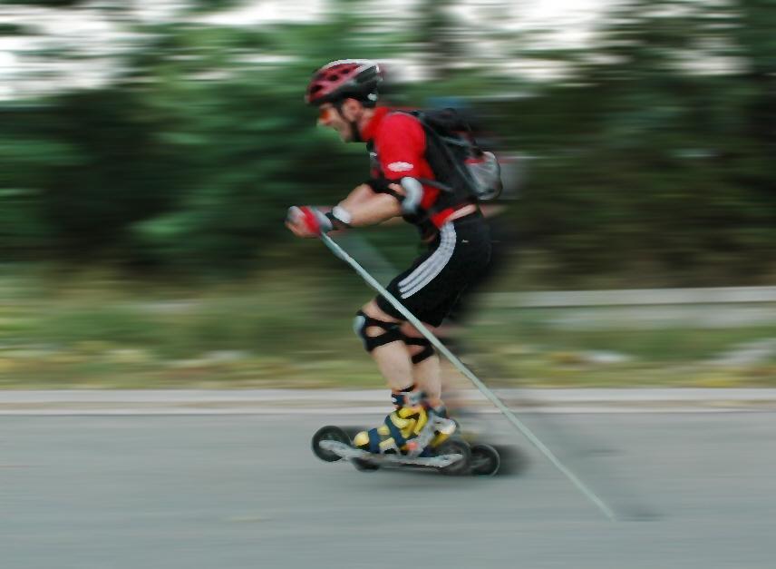 Cross-Skater bei Top-Speed